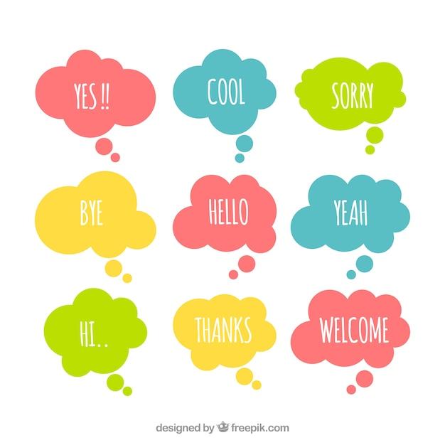 Pack de bulles de discours colorées avec des mots Vecteur gratuit