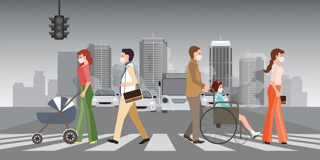 Des personnes portant des masques protecteurs et marchant sur un passage pour piétons en ville avec une pollution atmosphérique. Vecteur Premium