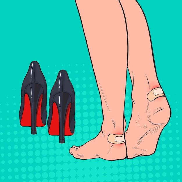 Pieds De Femme Pop Art Avec Patch Sur La Cheville Après Avoir Porté Des Chaussures à Talons Hauts Vecteur Premium