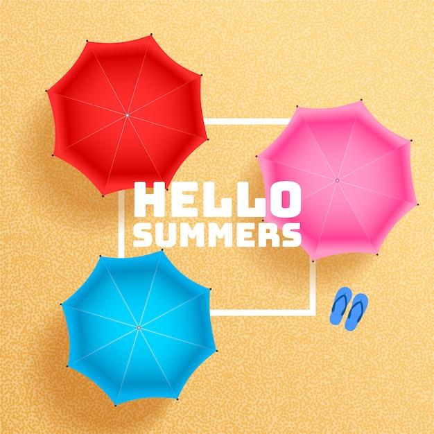 Plage de sable d'été avec fond de parasol Vecteur gratuit