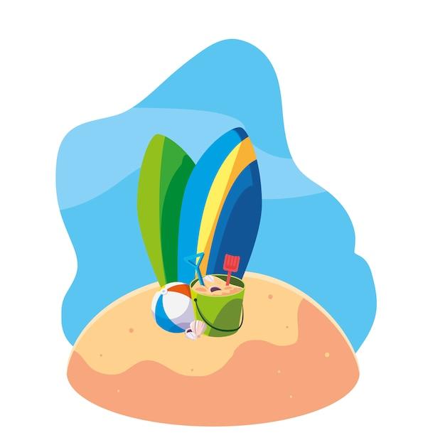 Plage De Sable D'été Avec Des Planches De Surf Et Set D'icônes Vecteur Premium