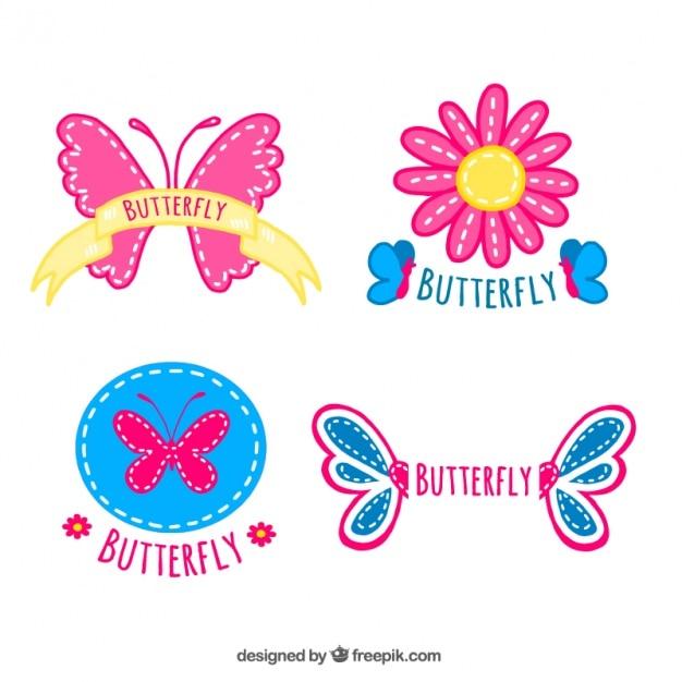 Quatre Badges Avec Des Papillons Vecteur gratuit