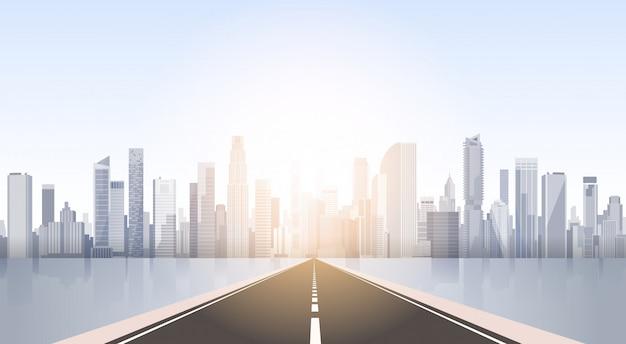Route de la ville gratte-ciel vue paysage urbain fond silhouette skyline avec espace de copie Vecteur Premium