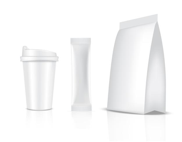 Sachet De Bâton Brillant Et Tasse Isolé Sur Fond Blanc. Concept D'emballage Alimentaire Et Boisson. Vecteur Premium
