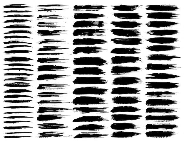 Série de coups de pinceau, coups de pinceau grunge d'encre noire. illustration vectorielle Vecteur Premium
