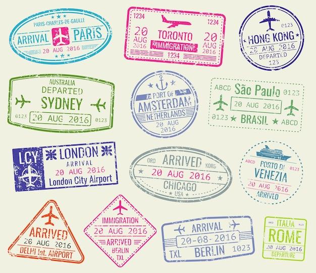 Set de vector timbres de passeport visa visa international. paris et toronto, hong kong et port d'amste Vecteur Premium
