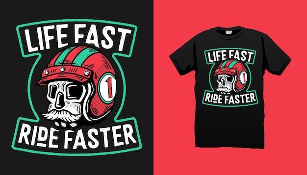Skull Racer Avec Un Design De T-shirt Moustache Vecteur Premium