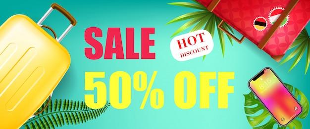 Soldes d'été, cinquante pour cent de réduction, bannière de hot discount avec des feuilles tropicales, smartphone Vecteur gratuit