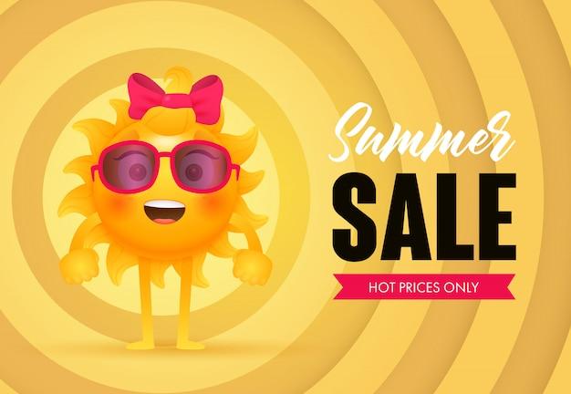 Soldes d'été, lettrage des prix chauds avec le caractère du soleil Vecteur gratuit