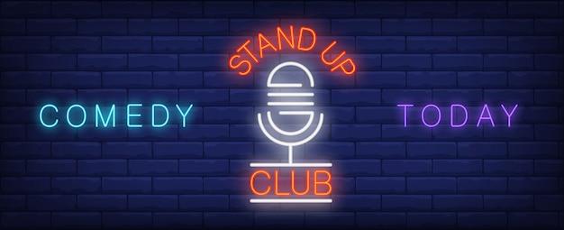 Stand up club néon signe. microphone rétro sur le stand pour le spectacle de comédie aujourd'hui. Vecteur gratuit