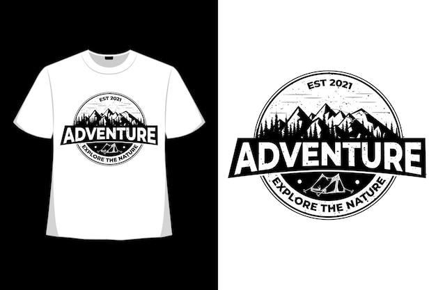 T-shirt Aventure Explore La Nature Vintage Vecteur Premium