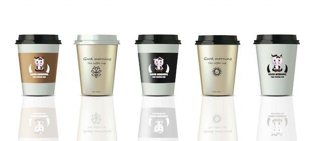 Tasses à café réalistes mis maquette vecteur. logo de l'étiquette de conception Vecteur Premium