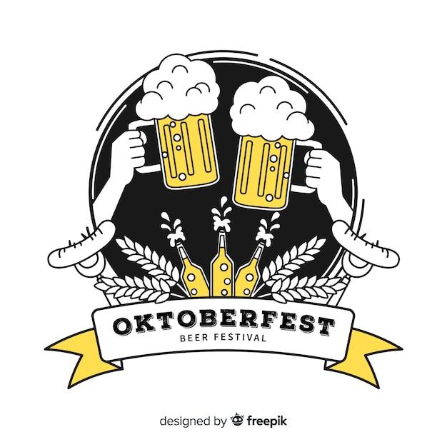 Toast oktoberfest dessiné à la main avec des bières Vecteur gratuit