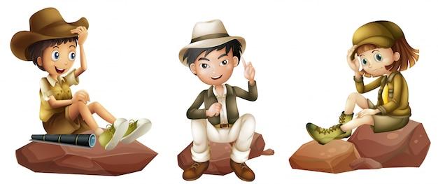 Trois jeunes explorateurs Vecteur gratuit