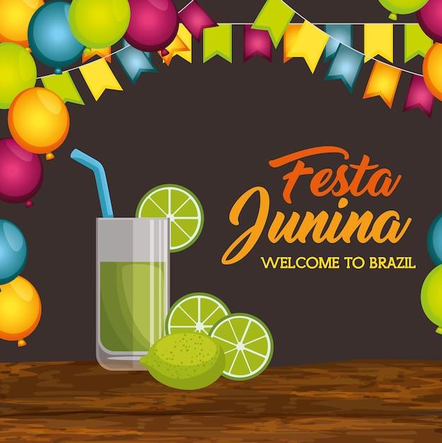 Verre de jus de citron vert sur une table en bois avec ballons et bannières sur illustration vectorielle fond marron Vecteur Premium