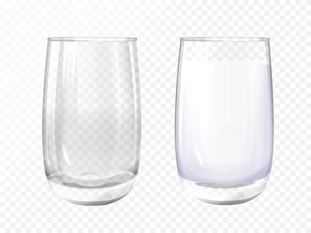 Verre réaliste vide et tasse de lait sur fond transparent. Vecteur gratuit