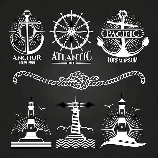 Vintage nautique logos nautiques et emblèmes avec des phares ancre la corde Vecteur Premium