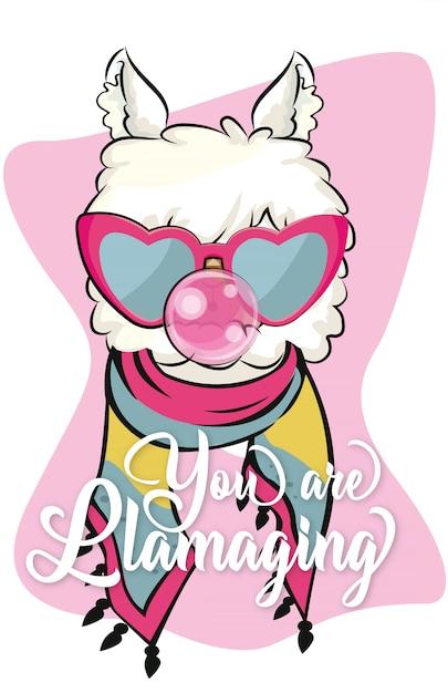 Vous llamaging lama mignon avec des lunettes de soleil et bubble-gum Vecteur Premium