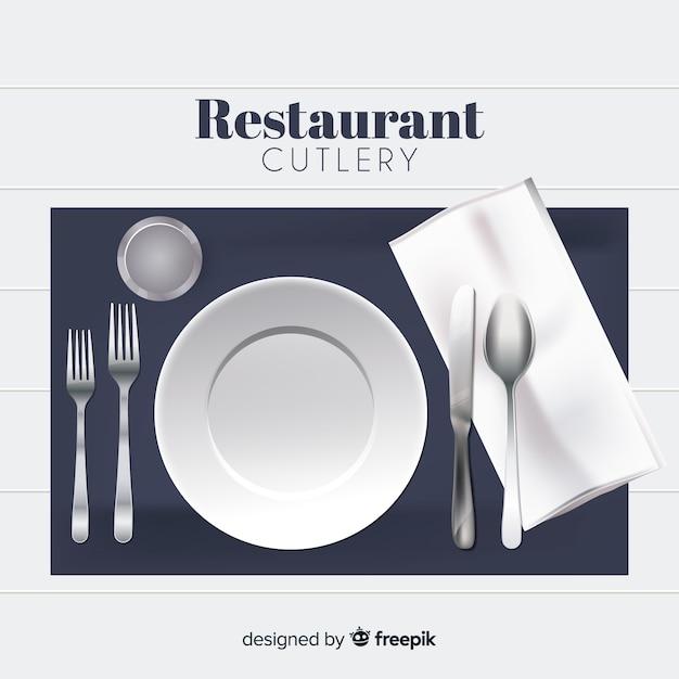 Vue de dessus des couverts de restaurant avec un design réaliste Vecteur gratuit