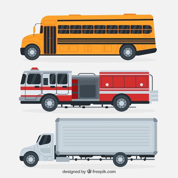 Vue latérale du bus scolaire, du camion de pompier et du camion Vecteur gratuit