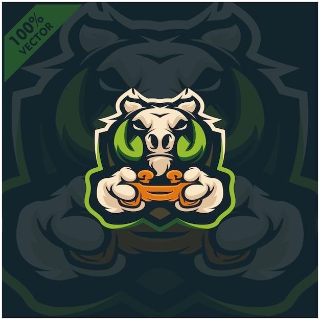 Warthog Gamer Tenant La Console De Jeu Joystick. Création De Logo De Mascotte Pour L'équipe Esport. Vecteur Premium