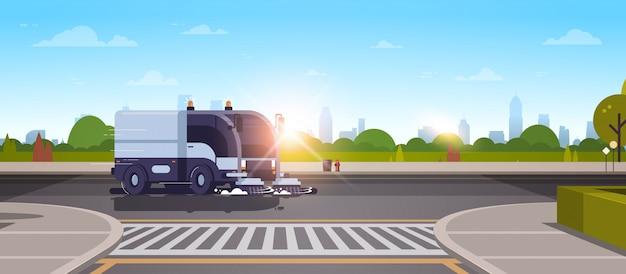 Asfalto de lavado de camiones de barrendero de calle de ciudad moderna Vector Premium