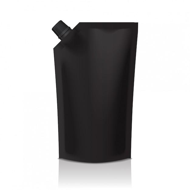 Bolsa de plástico doypack negra en blanco con boquilla. embalaje flexible para comida o bebida. Vector Premium