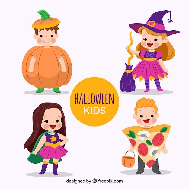 Bonitos niños disfrazados de halloween vector gratuito