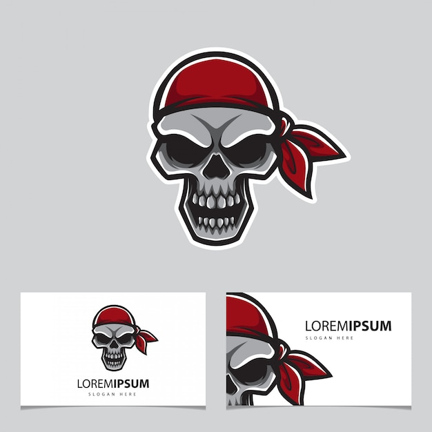 Cabeza de pirata y tarjeta Vector Premium