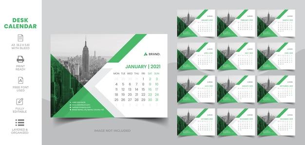 Calendario de escritorio 2021 Vector Premium