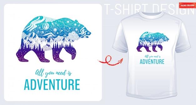 Camiseta estampada con gran oso y montaña. Vector Premium