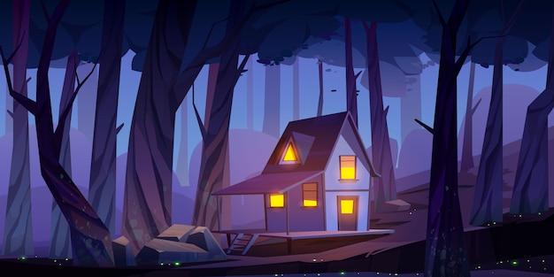 Casa sobre pilotes de madera mística, cabaña en el bosque nocturno vector gratuito