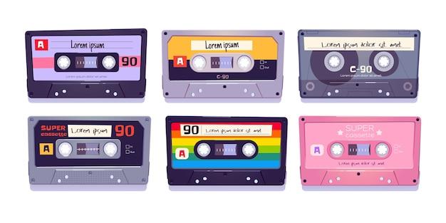 Casetes de audio, cintas retro, almacenamiento multimedia para música y sonido aislado vector gratuito