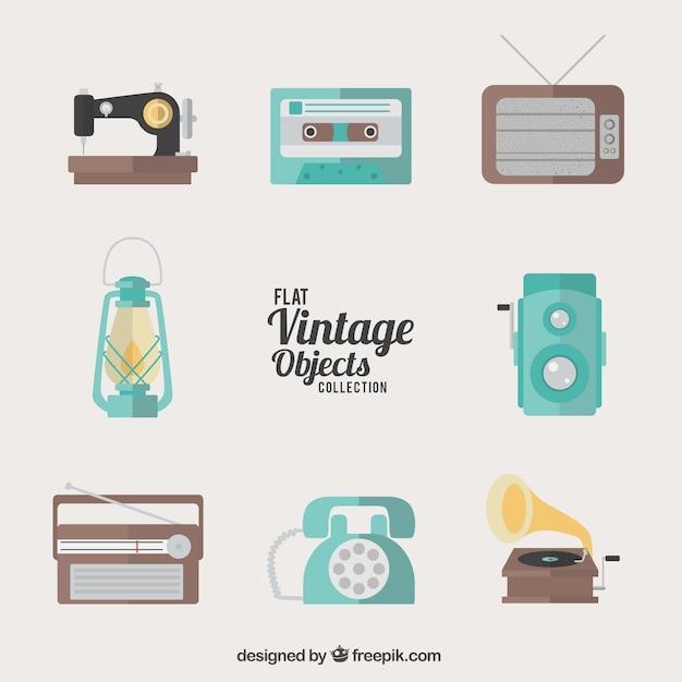 Colecci n de objetos vintage planos descargar vectores - Objetos vintage ...