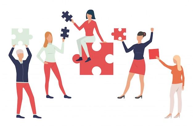 Colección de empresarios con piezas de puzzle. vector gratuito