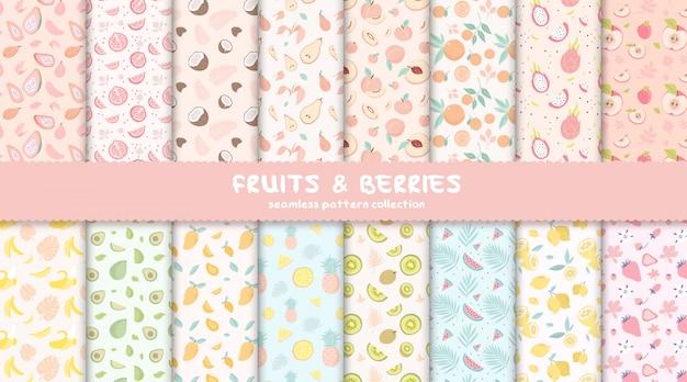 Colección de patrones sin fisuras de frutas y bayas tropicales Vector Premium