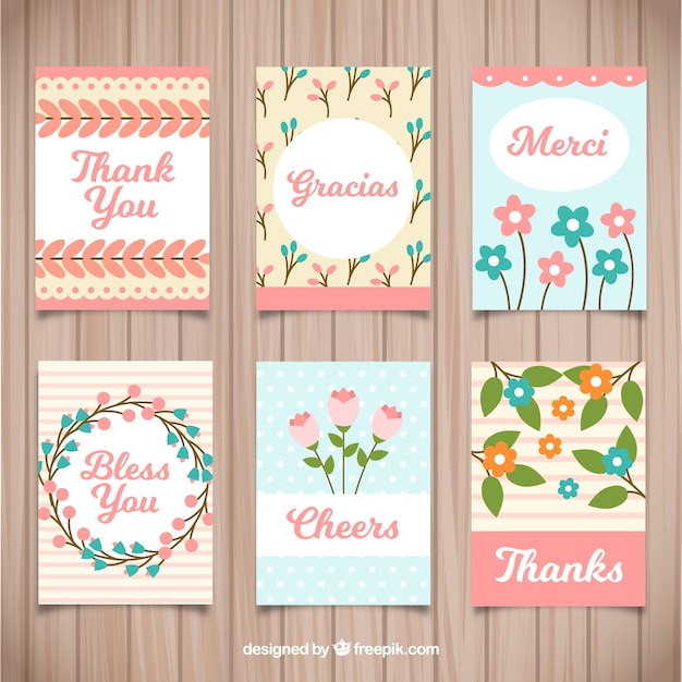 Colección de tarjetas de agradecimientos florales vector gratuito