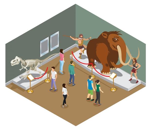 Concepto de exposición del museo isométrico con visitantes que ven esqueleto de dinosaurio y exposición de personas primitivas que cazan en mamut aislado vector gratuito