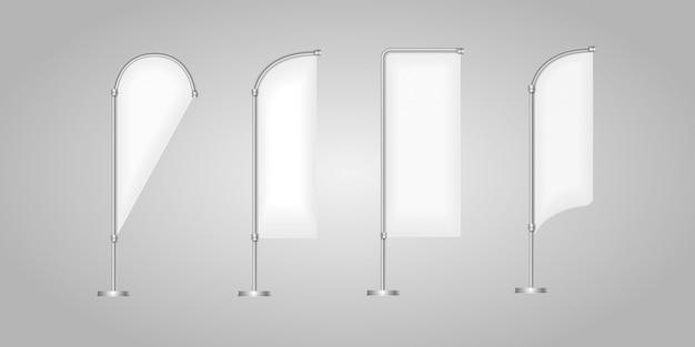 Conjunto de banderas de publicidad blanca en blanco Vector Premium