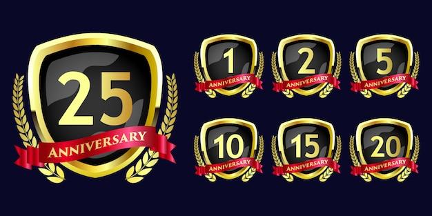 Conjunto de celebración de aniversario emblema redondo diseño de plantilla de insignia de estilo de flor real de lujo Vector Premium