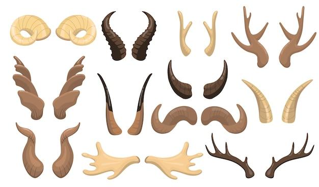 Conjunto de cuernos y astas. ram, renos, alces, vacas, ciervos, ciervos partes calientes aisladas. ilustración de vector plano para animales con cuernos machos, trofeo de caza, concepto de decoración. vector gratuito
