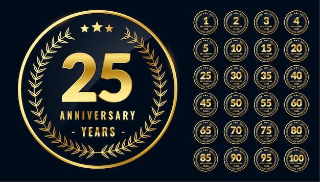 Conjunto de etiquetas o emblemas dorados aniversario redondeados vector gratuito