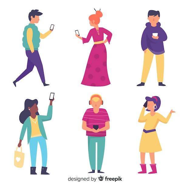 Conjunto de jóvenes con teléfonos inteligentes vector gratuito