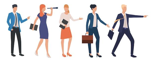 Conjunto de líderes empresariales creativos logrando el éxito. vector gratuito