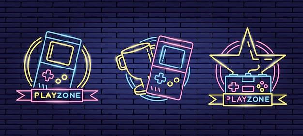 Conjunto de objetos relacionados con videojuegos en neón y estilo lienal vector gratuito