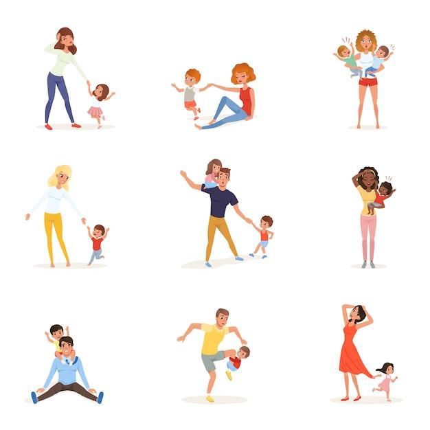 Conjunto de padres cansados con hijos. mamás y papás agotados, niños y niñas juguetones. día loco. los niños quieren jugar. realidad de la paternidad. concepto de familia Vector Premium
