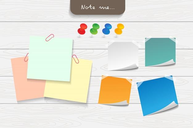 Conjunto de papeles de nota de diferentes colores y elementos de cinta. Vector Premium