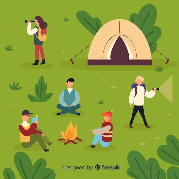 Conjunto de personas camping diseño plano. vector gratuito