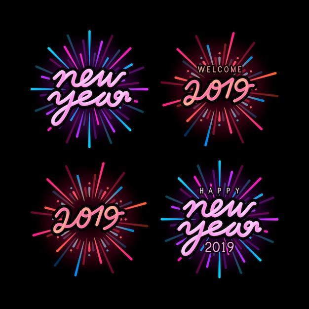 Conjunto de vectores de insignia de celebración de año nuevo 2019 vector gratuito