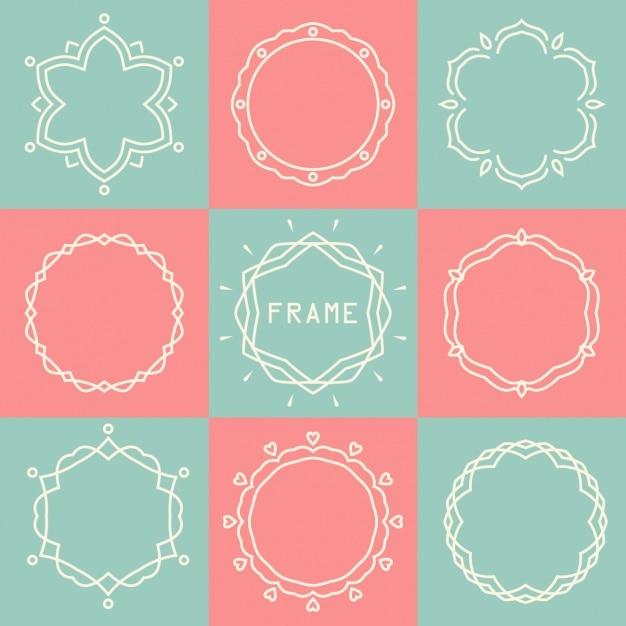 Cuadrados y circulos hechos de líneas en fondo de cuadros rosas y ...